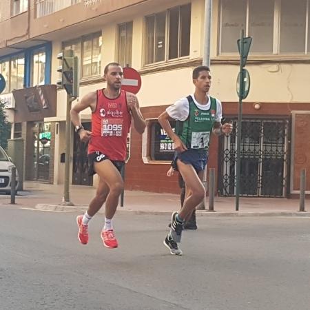 Tougane vence en solitario la Media Maratón de Castellón