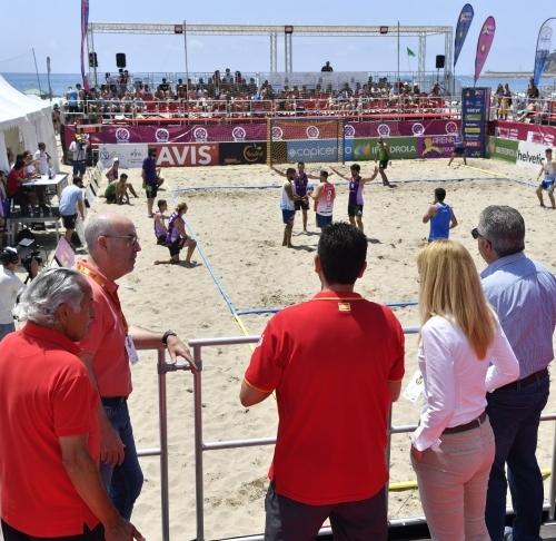 El balonmano playa brilla con el Torneo Arena 1000 de Oropesa