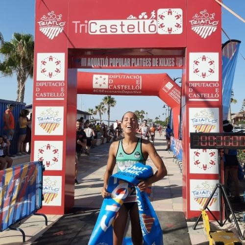 Sonia Ruiz y Guillem Segura campeones autonómicos de acuatlón en Xilxes