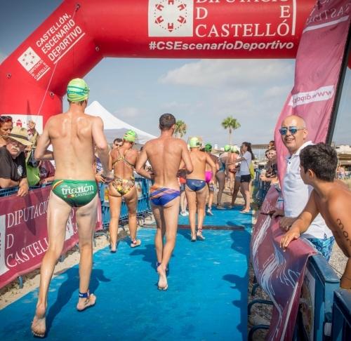 Más de medio millar de nadadores se reúnen en Almenara