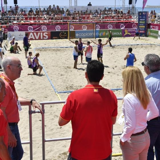 El Torneo Arena 1000 de Balonmano Playa supera las expectativas