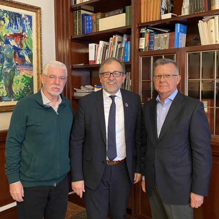 El Colegio Oficial presenta a la Diputación el Campeonato de España de Ciclismo 2020 para médicos