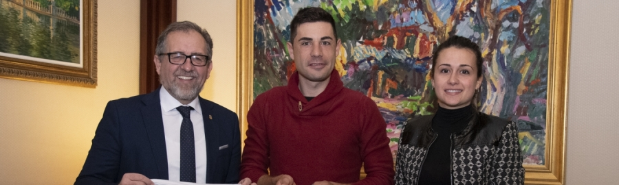 Martí recibe a Sebastián Mora y lo anima a continuar trabajando para conseguir medalla en Tokio